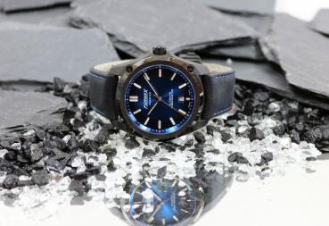 Formex Essence Leggera Automatik Chronometer Electric Blue Carbon